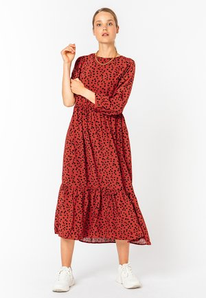 MAXIKLEID - MIT PUNKTEN - Maxi dress - middle-red
