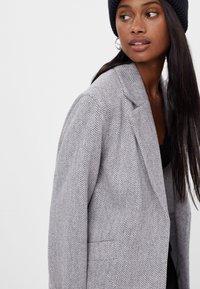 Bershka - Short coat - light grey - 3