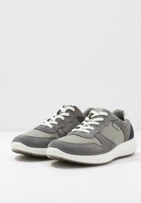 ECCO - SOFT 7 RUNNER - Trainers - titanium/wild dove/white/navy - 2