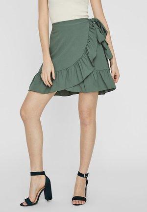A-line skirt - laurel wreath