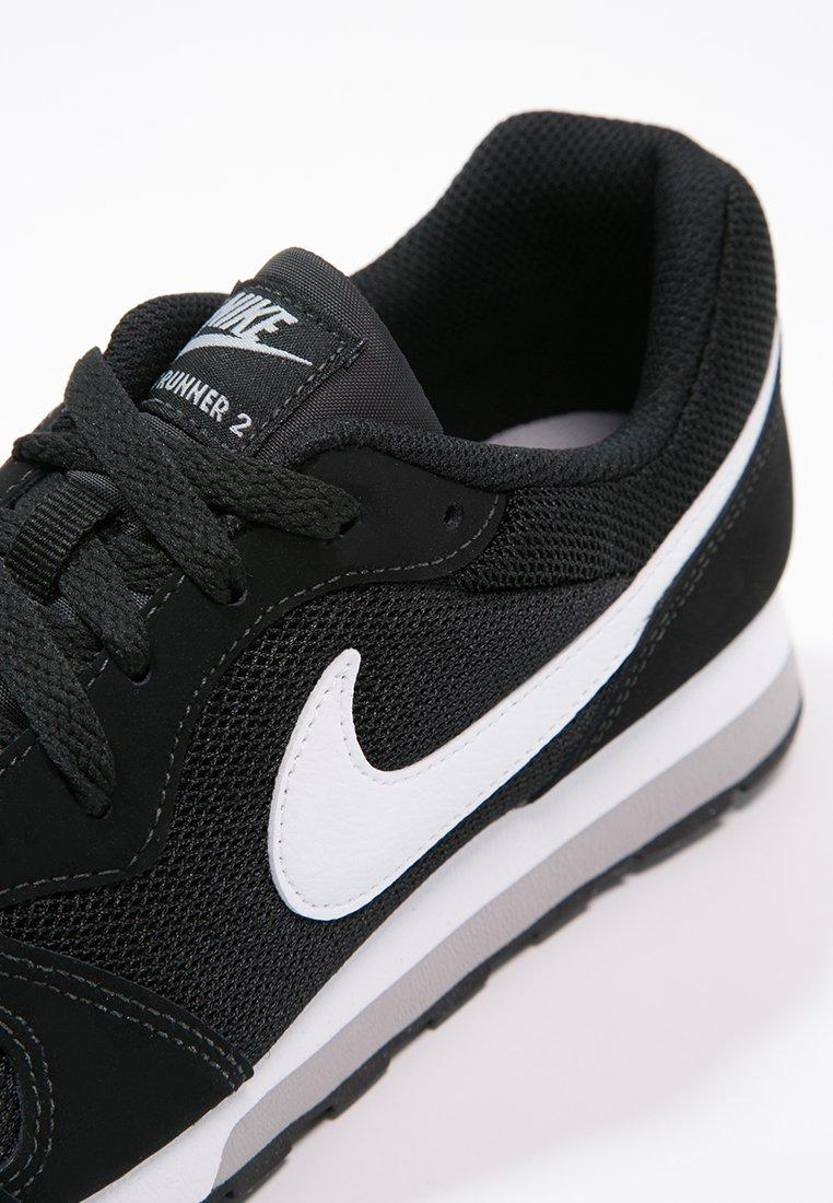 Alicia esconder consumirse  Nike Sportswear MD RUNNER 2 - Zapatillas - schwarz/negro - Zalando.es