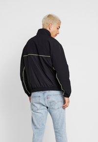 adidas Originals - TRACK  - Tunn jacka - black - 2