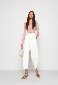 Missguided - NECK BODY - Sweter - pale pink - 1
