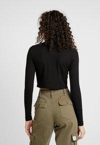 Missguided - HIGH NECK CROP 2 PACK - T-shirt à manches longues - black/grey - 3