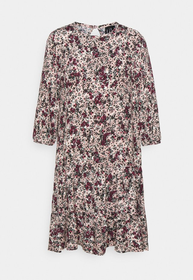 VMLIVIANA 3/4 ONECK DRESS - Day dress - fawn/liviana