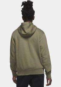 Nike Sportswear - REPEAT HOODIE - Zip-up hoodie - medium olive/white - 2