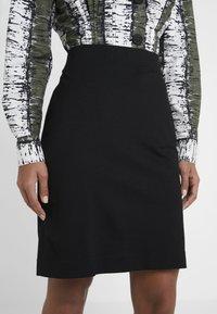 Marc Cain - Pouzdrová sukně - black - 4
