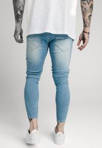 SIKSILK - DISTRESSED SUPER - Jeansy Skinny Fit - light wash denim - 2