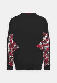 Puma - AC MAILAND CREW - Club wear - tango red/black - 1