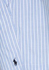 Polo Ralph Lauren - CLASSIC FIT PREPSTER - Shorts - university - 2