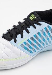 Nike Performance - LUNARGATO II - Indoor football boots - celestine blue/black/laser blue/volt - 5