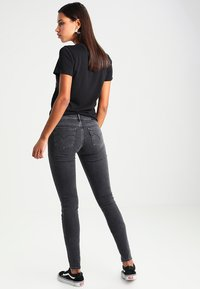 Levi's® - INNOVATION SUPER SKINNY - Jeans Skinny Fit - fancy that - 2