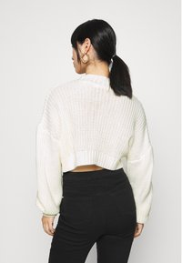 Missguided Petite - CROPPED - Jumper - off white - 2