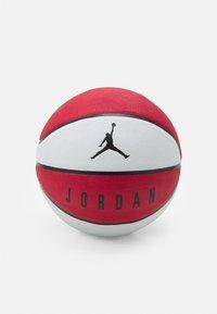PLAYGROUND SIZE 7 - Basketball - gym red/white/black