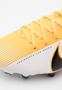 Nike Performance - MERCURIAL JR 7 ACADEMY FG/MG UNISEX - Moulded stud football boots - laser orange/black/white - 5