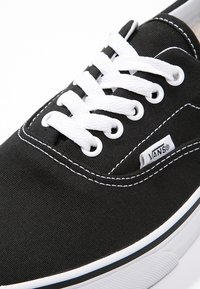 Vans - ERA - Skate shoes - black - 5