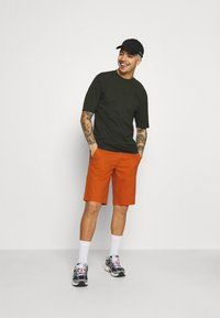 Only & Sons - ONSWILL LIFE CHINO - Shorts - potters clay - 1