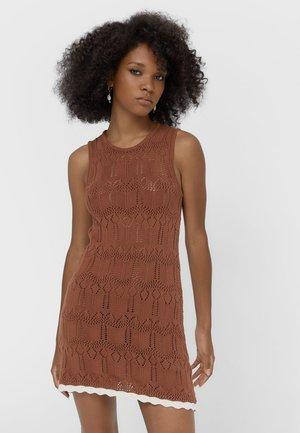 Jumper dress - brown