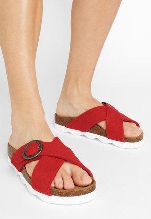SHEPHERD SANDAL MARIANNE - Pantofle - red