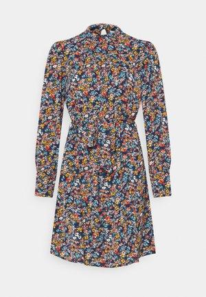 VISIMBA TIE BELT DRESS - Denní šaty - navy blazer