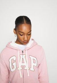GAP - Zip-up hoodie - pink standard - 7