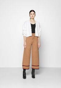 Nly by Nelly - CROPPED FUZZY  - Cardigan - white - 1