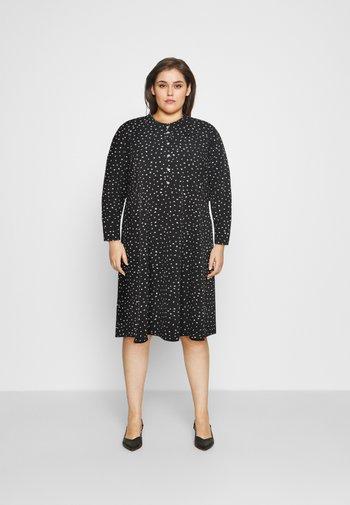 SPOT SHIRT DRESS - Denní šaty - black