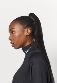 Nike Performance - FC DRESS - Sports dress - black/white - 3