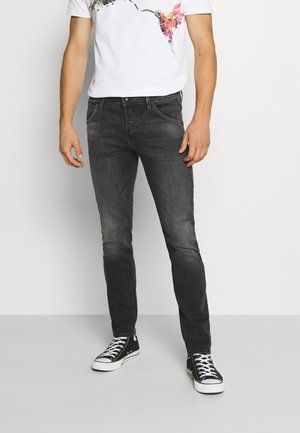 JJIGLENN JJFOX AGI - Jeansy Slim Fit - black denim