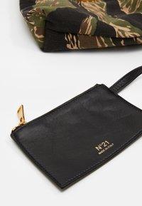 N°21 - EVA BAG COULISSE - Handbag - dark green - 4