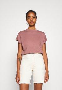 Weekday - PRIME - Basic T-shirt - brown - 0