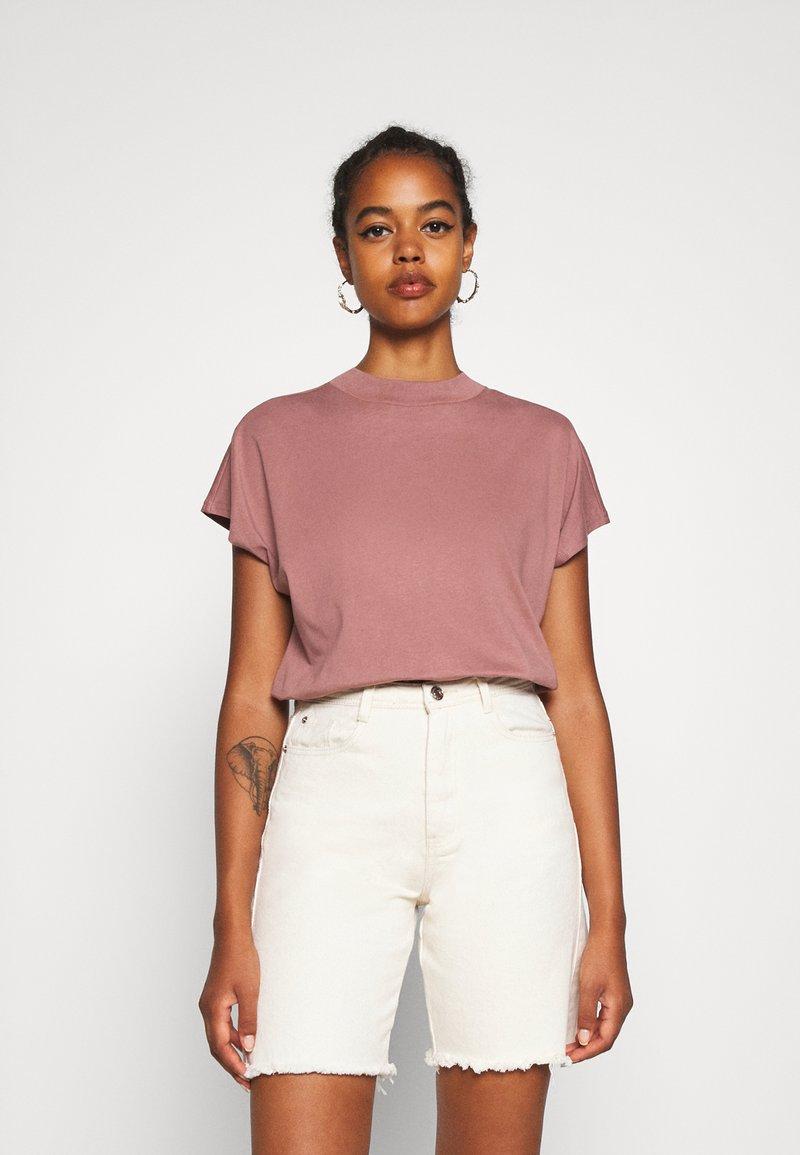 Weekday - PRIME - Basic T-shirt - brown