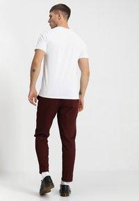 Jack & Jones - JJEPLAIN  - Basic T-shirt - white - 2