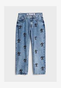 Bershka - MIT MICKY MAUS - Jeans baggy - blue denim - 4