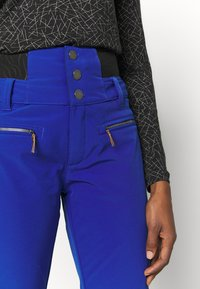 Roxy - RISING HIGH - Snow pants - mazarine blue - 3