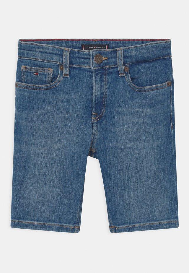 SPENCER  - Shorts di jeans - summermedblue