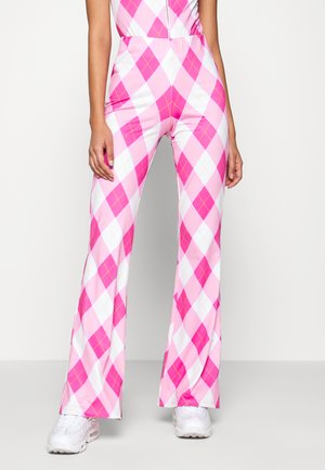 BOOTCUT TROUSER DIAMOND CHECK PRINT - Trousers - pink