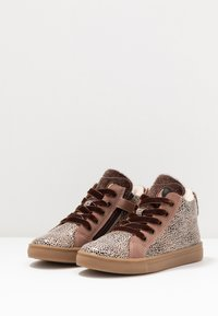 Friboo - High-top trainers - mauve - 3