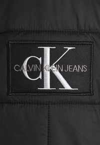 Calvin Klein Jeans - QUILTED LINER JACKET - Giubbotto Bomber - black - 3