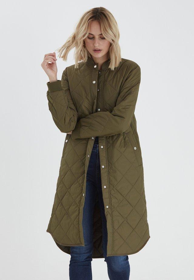 PZELINA  - Winter coat - crocodile