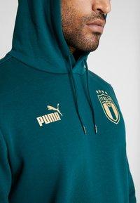 Puma - ITALIEN HOODY - Luvtröja - ponderosa pine/gold - 8