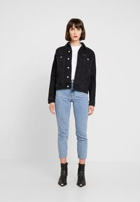 Calvin Klein Jeans - FOUNDATION TRUCKER - Denim jacket - washed black - 2