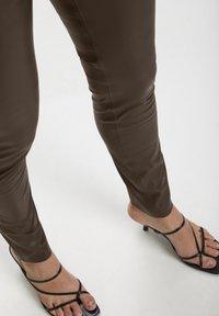 Soaked in Luxury - KAYLEE - Leggings - mole' - 3