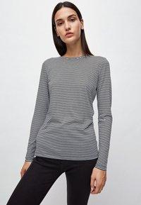 ARMEDANGELS - LARAA RING STRIPES - Long sleeved top - black/off white - 0