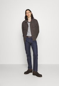 Levi's® Made & Crafted - LMC 551 Z VINTG STRAIGHT - Straight leg jeans - dark blue denim - 1