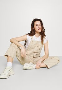 Carhartt WIP - SONORA  - Dungarees - dusty brown - 3