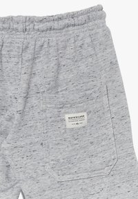 Quiksilver - EASY DAY TRACK  - Tracksuit bottoms - light grey heather - 2