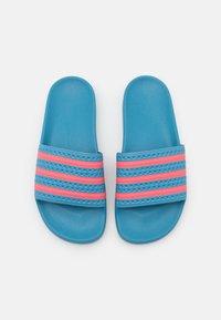 adidas Originals - ADILETTE  - Pool slides - hazy blue/hazy rose - 5
