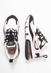 Nike Sportswear - AIR MAX 270 REACT - Joggesko - black/white/bleached coral/metallic gold/university red - 5