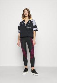 Jordan - PSG 7/8  - Leggings - Trousers - black/metallic gold - 1